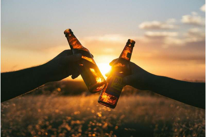 Cancer a compelling reason to cut alcohol, and drink counting helps